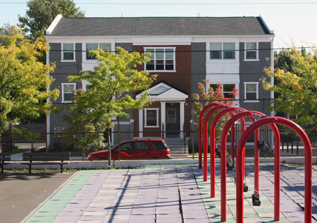 Mt  Vernon Manor cuts ribbon on 75 affordable apartments in